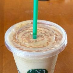 Photo taken at Starbucks by Natalie F. on 8/6/2015