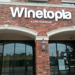 Photo taken at Winetopia by Bill C. on 4/2/2014