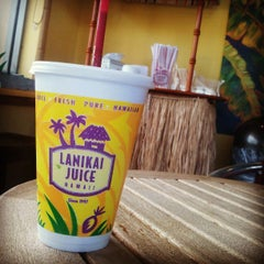 Photo taken at Lanikai Juice by Johnelle S. on 6/1/2013