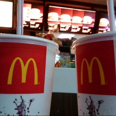 Photo taken at McDonald's by Malda on 3/12/2014