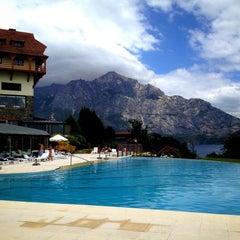 Foto tomada en Llao Llao Hotel & Resort por Jesús M. E. el 1/20/2013