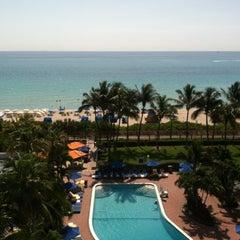 Photo taken at Four Points by Sheraton Miami Beach by Marilena B. on 5/9/2013