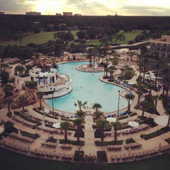 Photo taken at Orlando World Center Marriott by Santy M. on 9/27/2013
