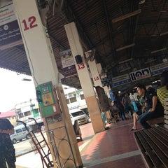 Photo taken at สถานีขนส่งผู้โดยสารจังหวัดลําปาง (Lampang Bus Terminal) by Pakkaramon P. on 3/8/2013