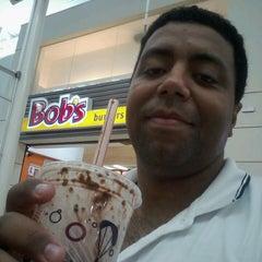 Photo taken at Bob's by Nando C. on 2/19/2013