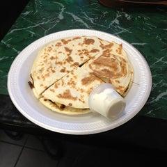 Photo taken at Yummy Taco by Mathias M. on 12/17/2012