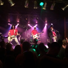 Photo taken at Beer Barrel Saloon by Merve A. on 8/2/2014