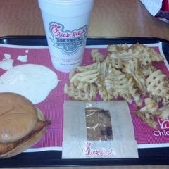 Photo taken at Chick-fil-A by Brandon S. on 12/27/2012