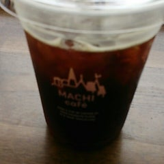 Photo taken at ローソン 御成門駅前店 by Hiroki1660 on 6/24/2014