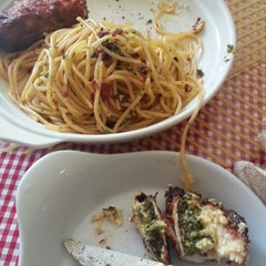 Photo taken at Pasta Plate by Shanen M. on 4/22/2014