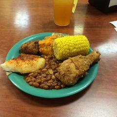 Photo taken at Golden Corral by C. Oliver P. on 6/30/2014