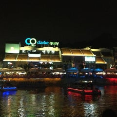 Photo taken at Clarke Quay by Lichin N. on 12/31/2012