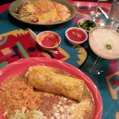 Photo taken at Macayo's Mexican Kitchen Tropicana by Lorie S. on 4/17/2014