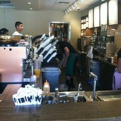Photo taken at Starbucks by Jeze Z. on 7/22/2013