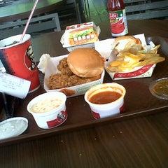 Photo taken at KFC Limbang Plaza by Mohamad on 8/20/2013