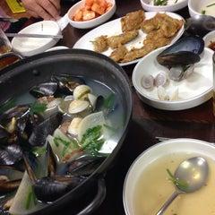 Photo taken at 김명자 굴국밥 by Celina.H P. on 9/18/2014