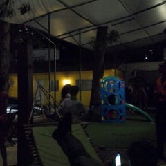 Photo taken at Restaurante Manauê by Artur B. on 12/23/2012