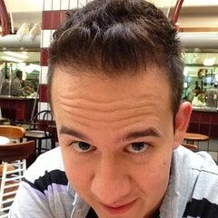 Photo taken at Estética Mega Hair by Henrique M. on 12/28/2012
