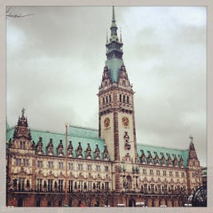 Photo taken at Hamburger Rathaus by Marcel F. on 2/13/2013