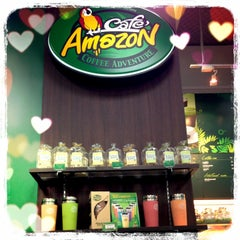 Photo taken at Cafe' Amazon by Pummy K. on 2/24/2013