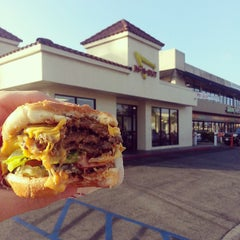 Photo taken at In-N-Out Burger by Reagan C. on 6/3/2013