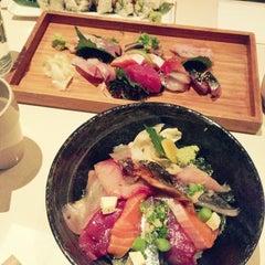 Photo taken at Linn Japanese Restaurant by tomomi m. on 10/27/2013
