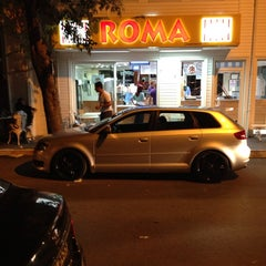 Photo taken at Roma Dondurmacısı by Turgay G. on 7/15/2013