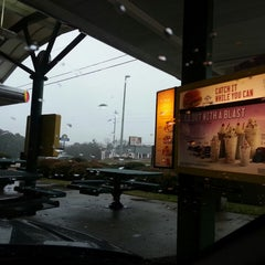 Photo taken at SONIC Drive In by Steven D. on 2/22/2013