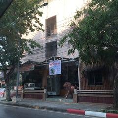 Photo taken at โรงแรมคิมซิตี้ (Hotel Kim City Lampang) by Khongsak T. on 4/12/2016
