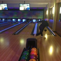 Photo taken at Celebrity Lanes Bowling by Bryant G. on 1/12/2013