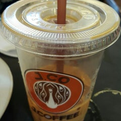 Photo taken at J.Co Donuts & Coffee by Rosalia D. on 8/2/2015