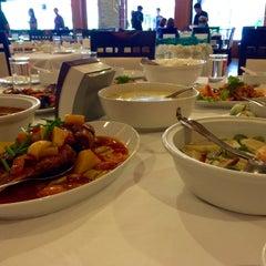 Photo taken at The Ligor City Hotel (โรงแรมเมืองลิกอร์) by LovelyPorn J. on 7/2/2015