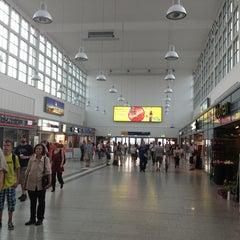 Photo taken at Duisburg Hauptbahnhof by Олег Т. on 7/23/2013