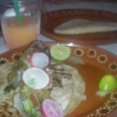 Photo taken at Tacos Richard by Bixie G. on 7/17/2013