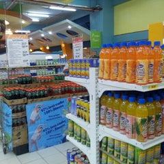 Photo taken at Fooda Saversmart by Desert Aquaforce on 1/8/2013