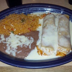 Photo taken at Poblano's Mexican Bar & Grill by Debra R. on 2/3/2013