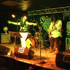 Photo taken at Sandy's Clam Bar by Stephanie R. on 5/24/2014