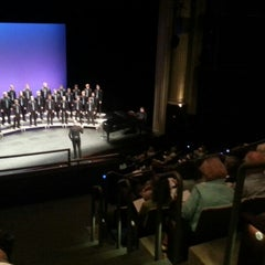 Photo taken at The Cowles Center for Dance & The Performing Arts by Jarrod S. on 6/9/2014