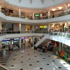 Photo taken at Shopping Praia da Costa by Jose S. on 1/10/2013