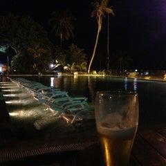 Photo taken at Tamacá Beach Resort Hotel by Jorge R M. on 7/4/2013