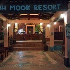 Photo taken at Koh Mook Sivalai Beach Resort by Ольга Ч. on 1/14/2013