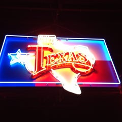 Photo taken at Billy Bob's Texas by Carolee B. on 5/4/2013