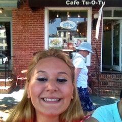 Photo taken at Cafe Tu-O-Tu by Georgia K. on 7/25/2014