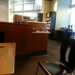 Photo taken at Starbucks by Jerry T. on 1/27/2013