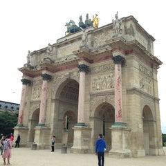 Photo taken at Arc de Triomphe du Carrousel by Анастасия Е. on 6/22/2013