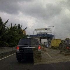 Photo taken at Gerbang Tol Ancol Barat by Bintang A. on 1/14/2013