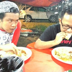 "Photo taken at Nasi Kukus ""Malaya Best"" by Syafiq R. on 9/18/2014"