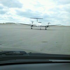 Photo taken at Atlantic Aviation BNA by Robby H. on 2/3/2013