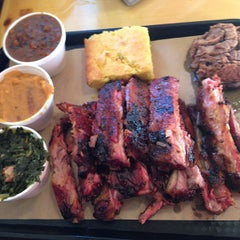 Photo taken at 4 Rivers Smokehouse by Terry M. on 2/1/2013
