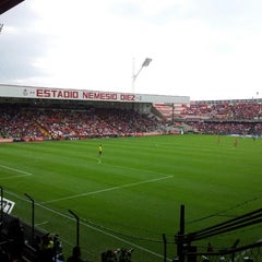 Photo taken at Estadio Nemesio Diez by Arturo E. on 4/7/2013